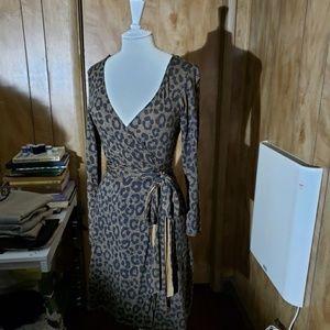 Wrap leopard dress